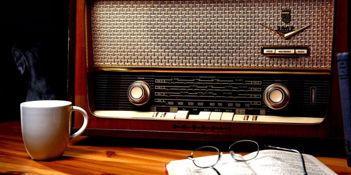 How write a script for radio with Richard Andersone